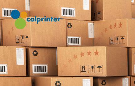 Realice el envío de sus productos en cajas de cartón con el logo de su e¡marca impreso para generar mayor reconocimiento.